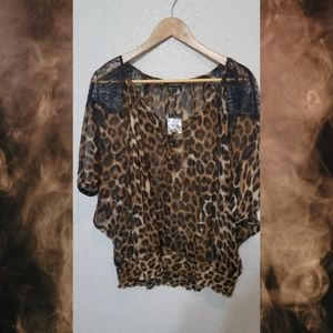 Chic NWT Express top, Size L